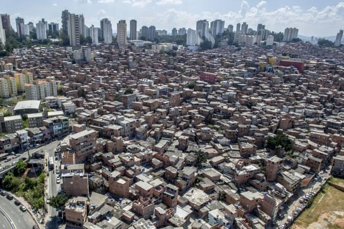 36% DOS MORADORES DE FAVELA SOFREM DE ANSIEDADE, REVELA PESQUISA